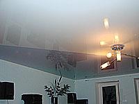 Потолок натяжной на кухне дизайн